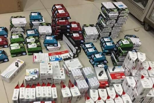 Membeli cartridge, tinta, toner laserjet bekas dan baru. Dibeli dengan harga tinggi